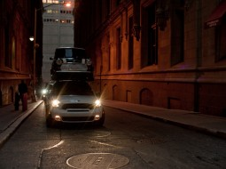 MINI NYC stunt3 255x190 MINI Countryman re enacts SUV stunt