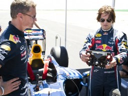 redbull tomcruise F1 G6 255x190 Tom Cruise drives a Red Bull Racing F1 car   Mission Impossible? Maybe not. (w/VIDEO)