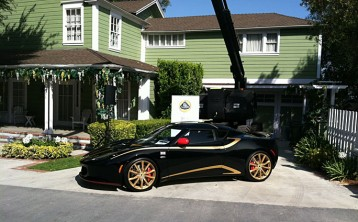 IOTD: Lotus Evora meets Desperate Housewives
