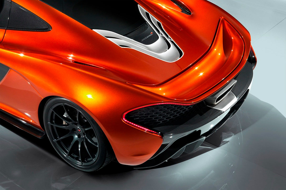McLaren P1 Concept G31 McLaren P1 takes to the track (w/VIDEO)