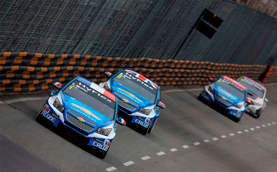 WTCC: 'Huffy' becomes World Champion at Macau
